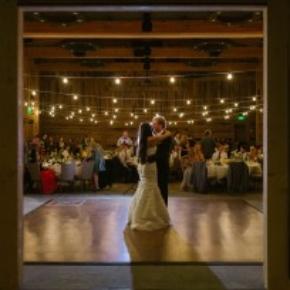 rustic wedding with teak portable dance floor